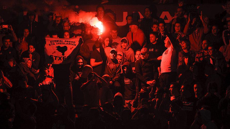 Indar Gorri ataca a un jugador de Osasuna