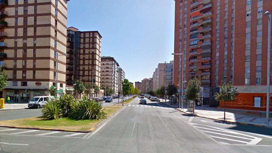 Avenida Bayona en el barrio de San Juan.