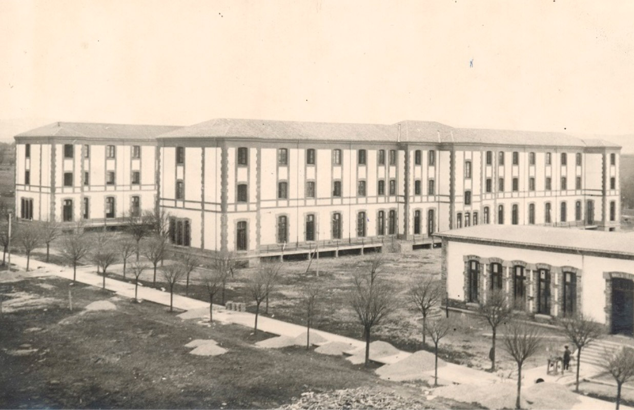 (1913) Pabellones del Hospital de Navarra.