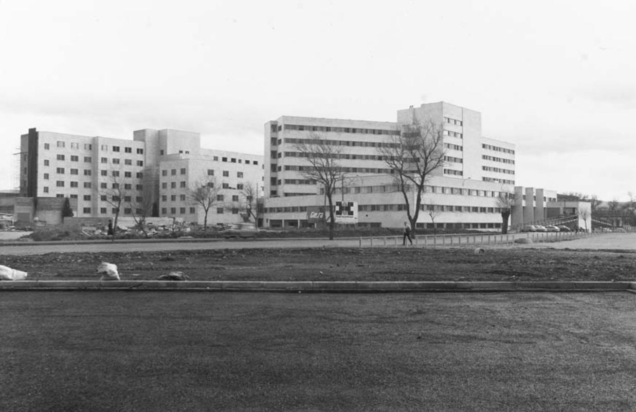 (1973) Residencia Sanitaria del Seguro de Enfermedad.
