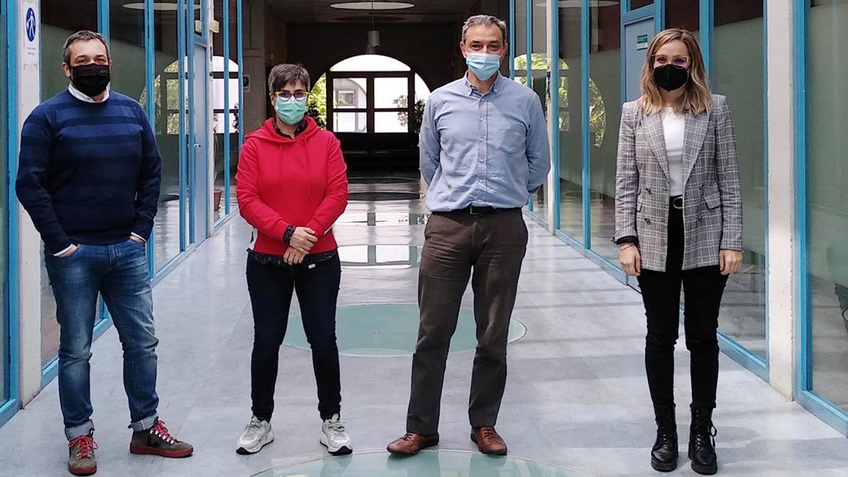 Integrantes del proyecto EGALURG, en la UPNA. De izda. a dcha., Martín Gastón, Laura Frías, Fermín Mallor y Marta Cildoz.