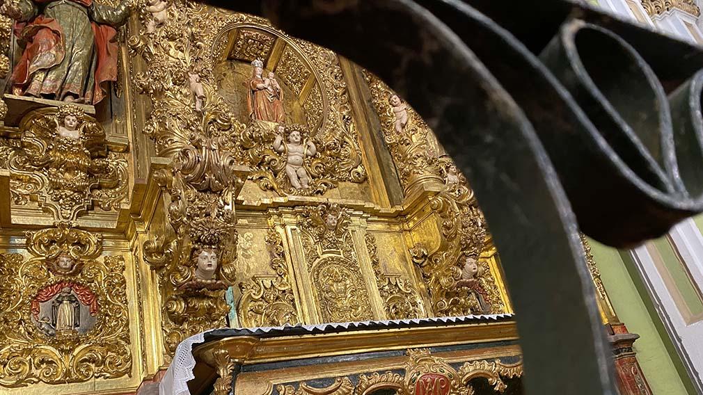 Retablo restaurado de la capilla del Rosario. AYUNTAMIENTO DE VILLAFRANCA