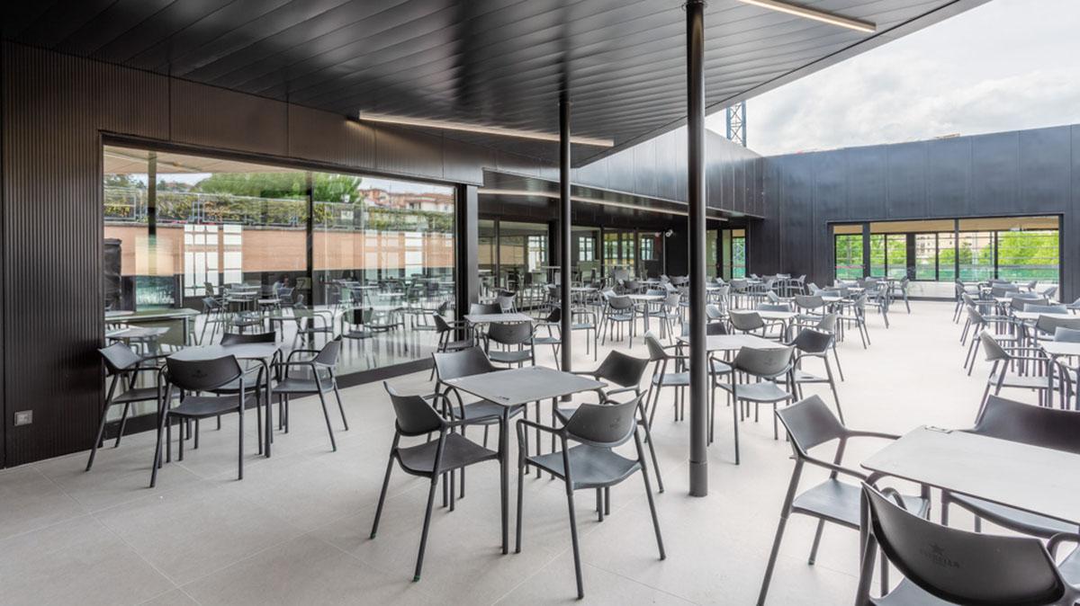Nueva terraza en las instalaciones de Oberena. Cedida.