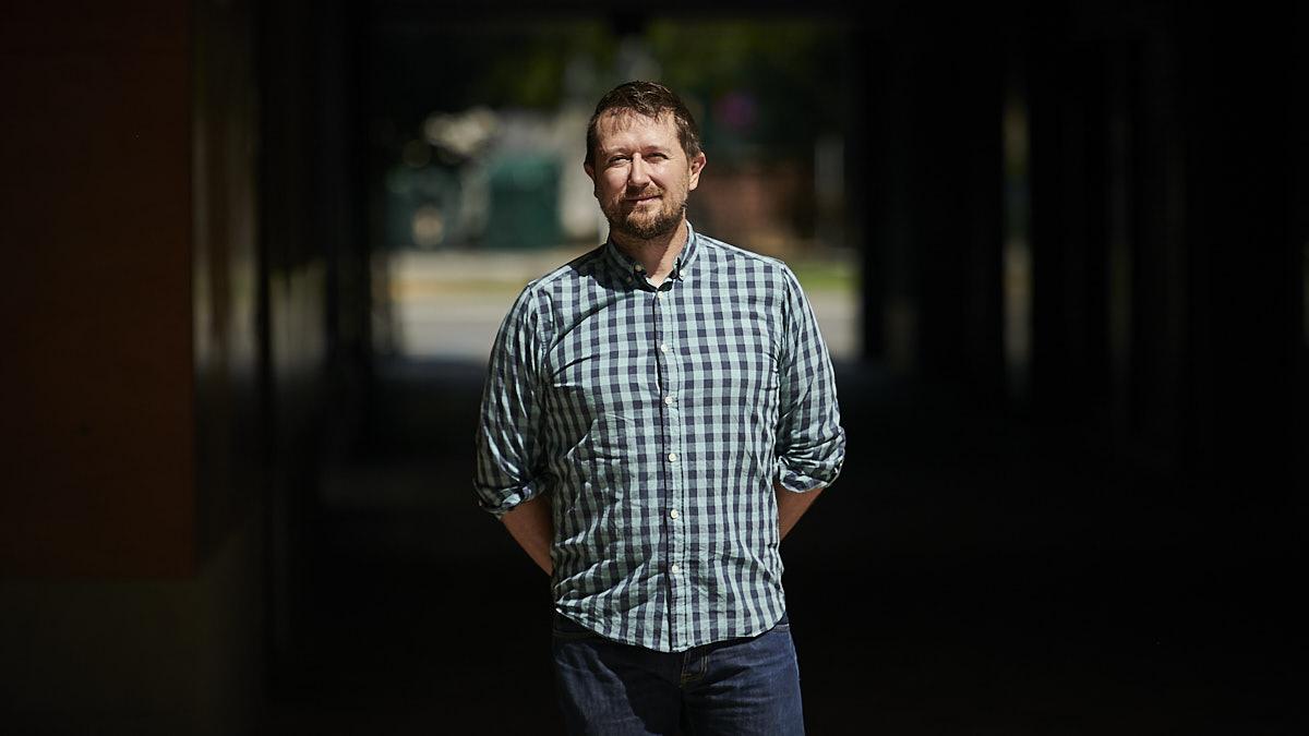 Alberto Sancho, psicólogo, posa para un retrato. PABLO LASAOSA