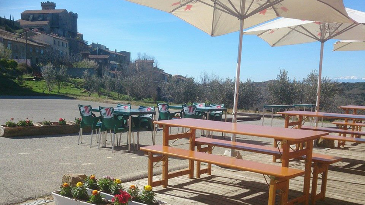 Terraza del restaurante Casa Urrutia. CASA URRUTIA
