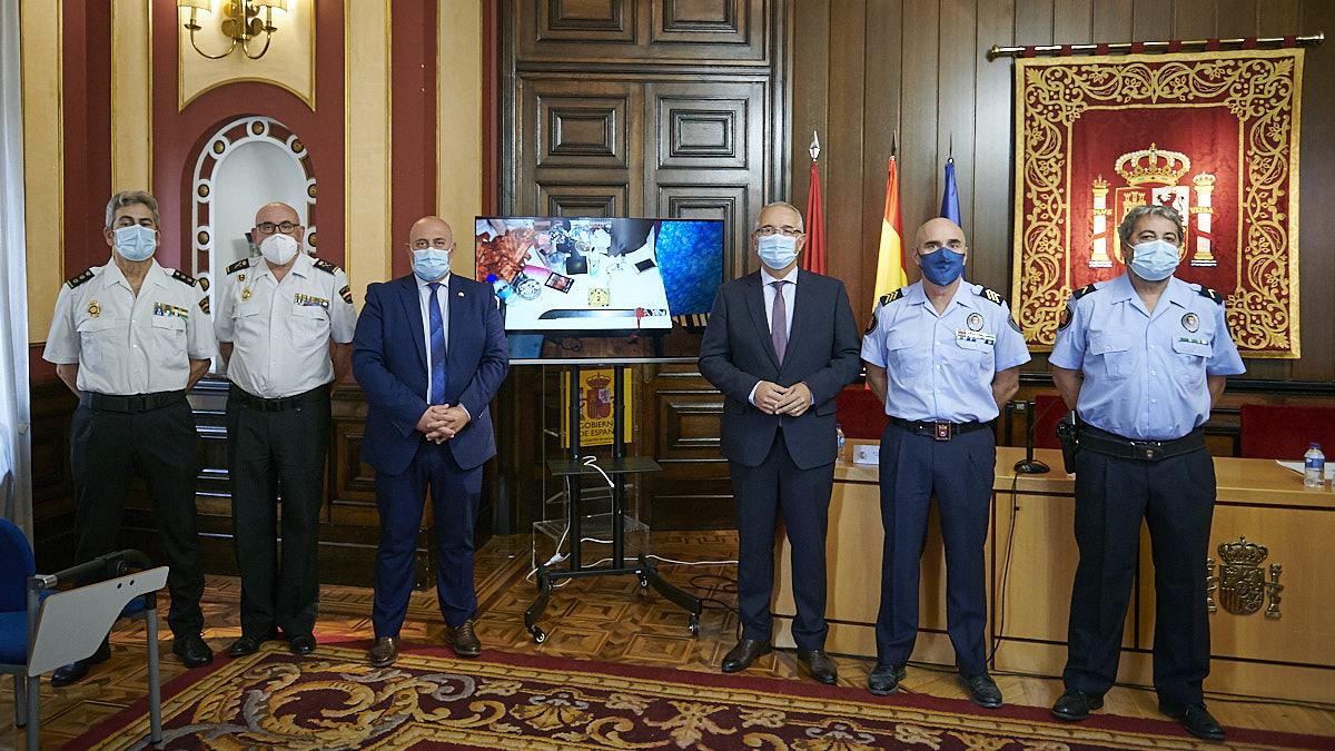 Balance de la operación policial conjunta de Policía Nacional y Policía Municipal de Pamplona en la que se han desarticulado dos bandas latinas. PABLO LASAOSA